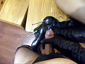 man fetish cum boots gloves and leather