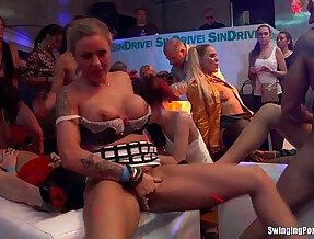 Bi club sluts having public orgy