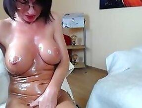 Milf brunette oil boobs