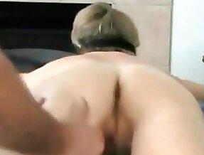 MILF Erotic Massage with Orgasm